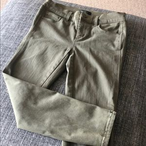 Ann Taylor olive green crop jeans - size 0P